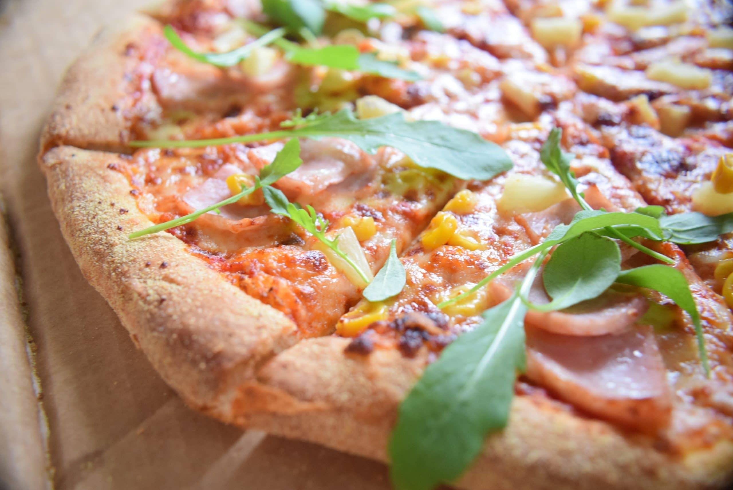rocket herb pizza